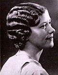 Edna Fearon models the Marcel Wave.jpg