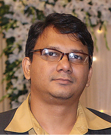 Faisal Arefin Dipan at a social function in 2010.png
