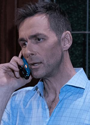 Valentin Cassadine - Image: James Patrick Stuart as Valentin Cassadine