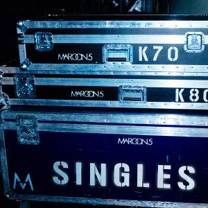 Singles (Maroon 5 album) - Image: Maroon 5 Singles cover