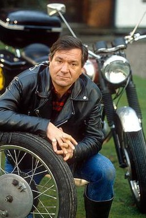 Boon (TV series) - Michael Elphick in Boon