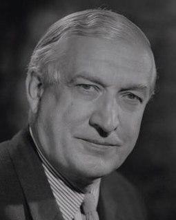 Denis Greenhill, Baron Greenhill of Harrow British engineer, civil servant, diplomat and politician (1913-2000)