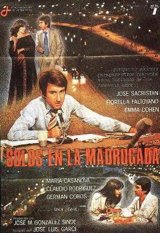Solos en la madrugada - Theatrical release poster