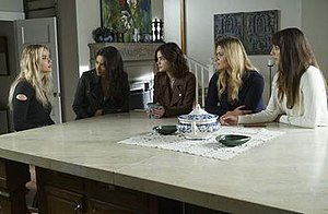 The Darkest Knight (Pretty Little Liars) - From left to right: Ashley Benson (Hanna), Shay Mitchell (Emily), Lucy Hale (Aria), Sasha Pieterse (Alison) and Troian Bellisario (Spencer).