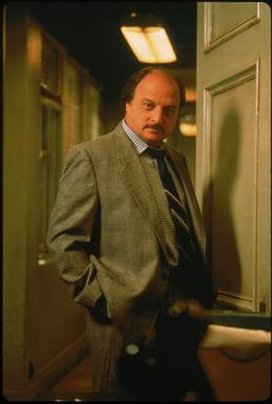 Andy Sipowicz - Dennis Franz as Det. Andy Sipowicz Season 2 Promotional Photo