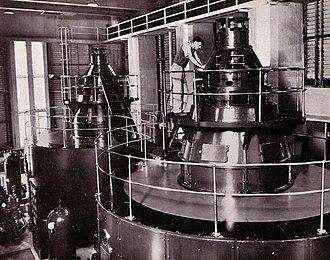 Kiewa Hydroelectric Scheme - Image: Kiewa power station 3 generator floor 13000kw
