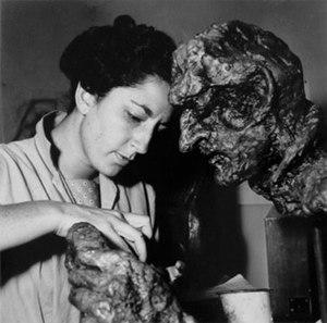 Helen Escobedo - Helen Escobedo, 1960 photographed by Kati Horna