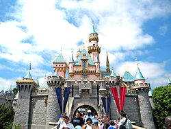 DISNEYLAND - Wikipedia, the free encyclopedia