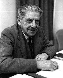 Isaac Shoenberg