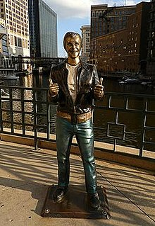 <i>Bronze Fonz</i> artwork by Gerald P. Sawyer