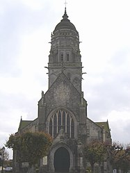 Towering church of Sainte-Marie-du-Mont