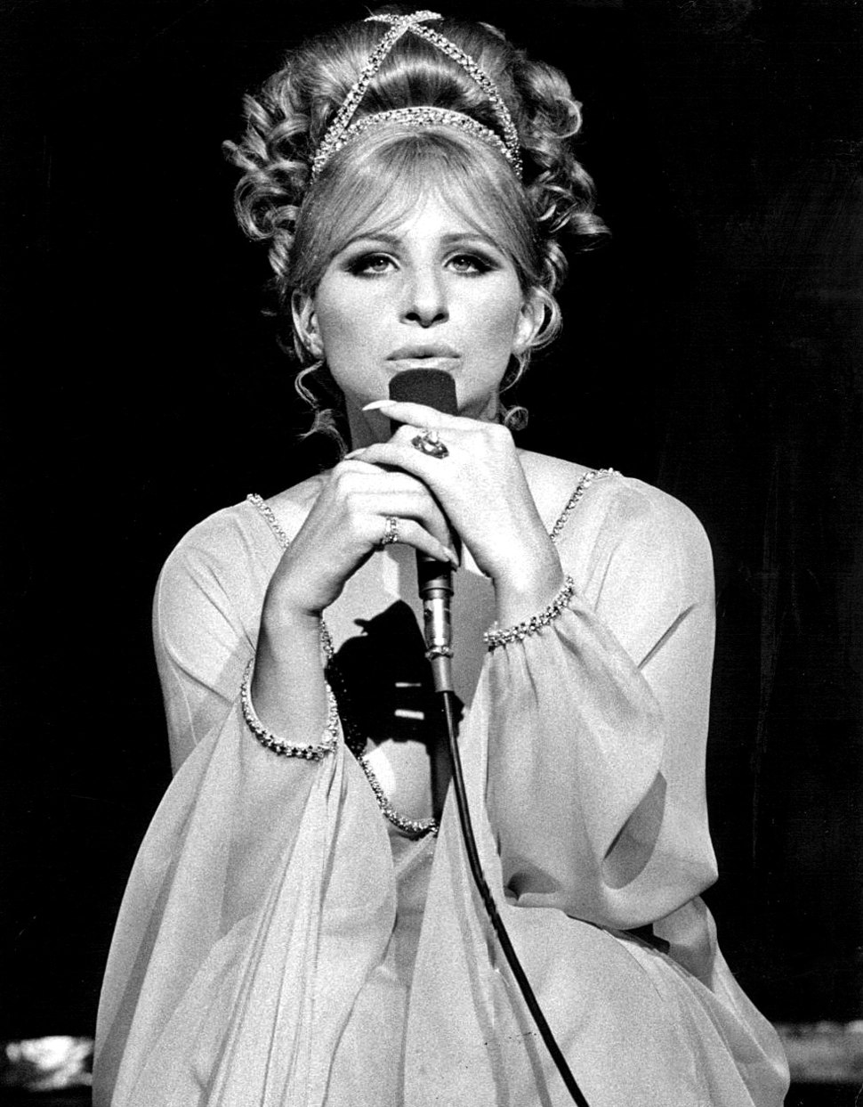 Barbra Streisand singing- 1969