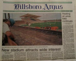 The Hillsboro Argus - Cover of the August 28, 2000 edition