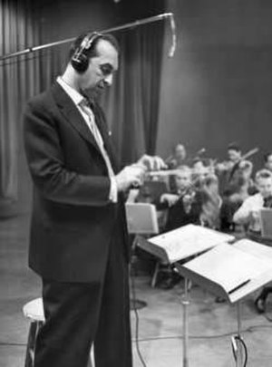 The Carnation Contented Hour - Percy Faith conducting his orchestra