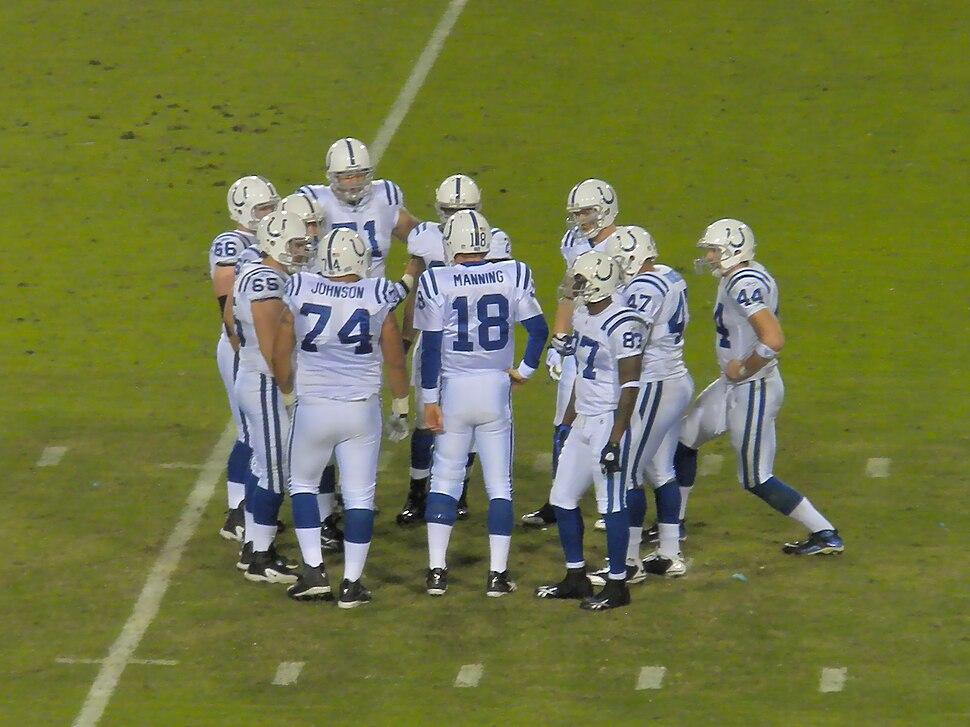 Peyton Manning huddle