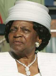 Adelaide Tambo 20th and 21st-century South African politician