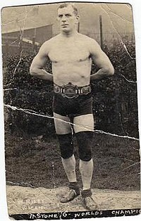 Billy Riley (wrestler).jpg