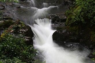 Afon Dulas - The Dulas as it passes through Aberllefenni