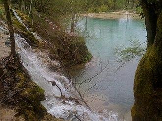 Mount Paiko - Skra lake and waterfalls.