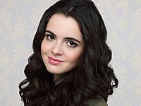 Vanessa Marano as Eden.jpg