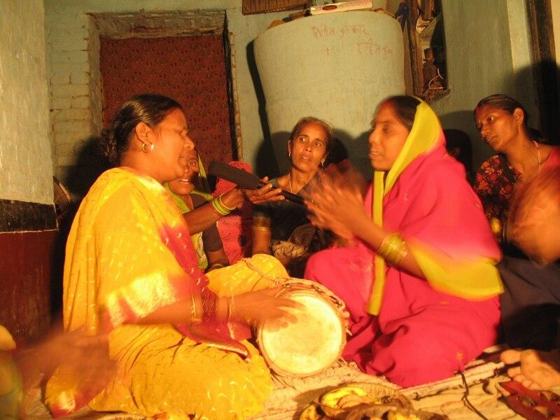 Magahi folk singers