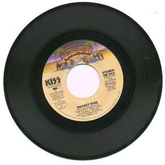 Rocket Ride (song) - Image: Rocket Ride single