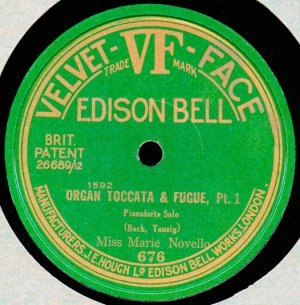 Toccata and Fugue in D minor, BWV 565 - Image: Edison VF 676 recording of Marie Novello's performance of Tausig's arrangement of BWV 565 (part 1)