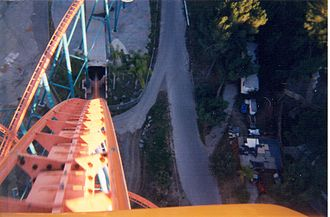 Goliath (Six Flags Magic Mountain) - A view of the Ride