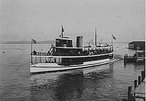 Urania steamboat ca 1909.jpeg