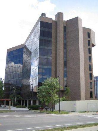 Cornell University College of Veterinary Medicine - Image: Cornell Vet Researchtower