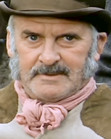 "Denis Carey (1909–1986) as Mr. Ryder in the episode ""The Fugitive"" in the series ""The Adventures of Black Beauty"".png"