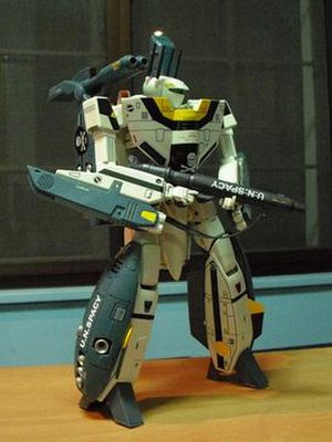 VF-1 Valkyrie - Battroid mode