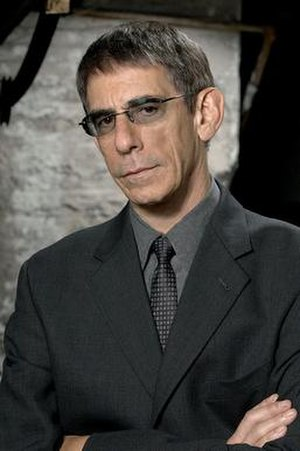 John Munch - Image: John Munch in Law & Order Special Victims Unit