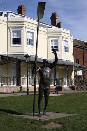 Steve Redgrave - Statue of Redgrave in Higginson Park, Marlow