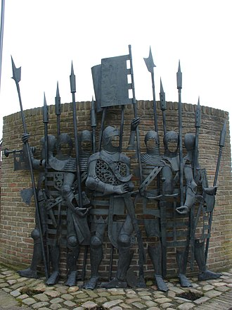 Westrozebeke - Monument on the town square as a remembrance of the battle that was held here