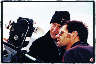 Leon Narbey - Leon Narbey (left) with director Paul Swadel