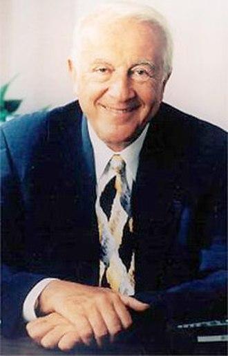 Robert Atkins (physician) - Image: Dr Robert Atkins