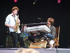 Guillemots (band) - Guillemots at Lovebox Weekender festival. London, July 2006.