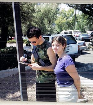 JC Chasez - Chasez giving an autograph