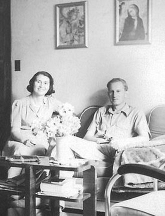 Herbert Marcuse - Herbert Marcuse and his first wife, Sophie Marcuse in their New York apartment