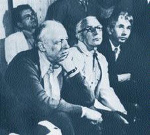 Benjamin Fain - Benjamin Fain on the right side, Andrei Sakharov — on the left side. Unofficial seminar of scientists-refuseniks, April 1977.