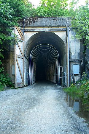 Snoqualmie Tunnel - East portal of Snoqualmie Tunnel in 2006
