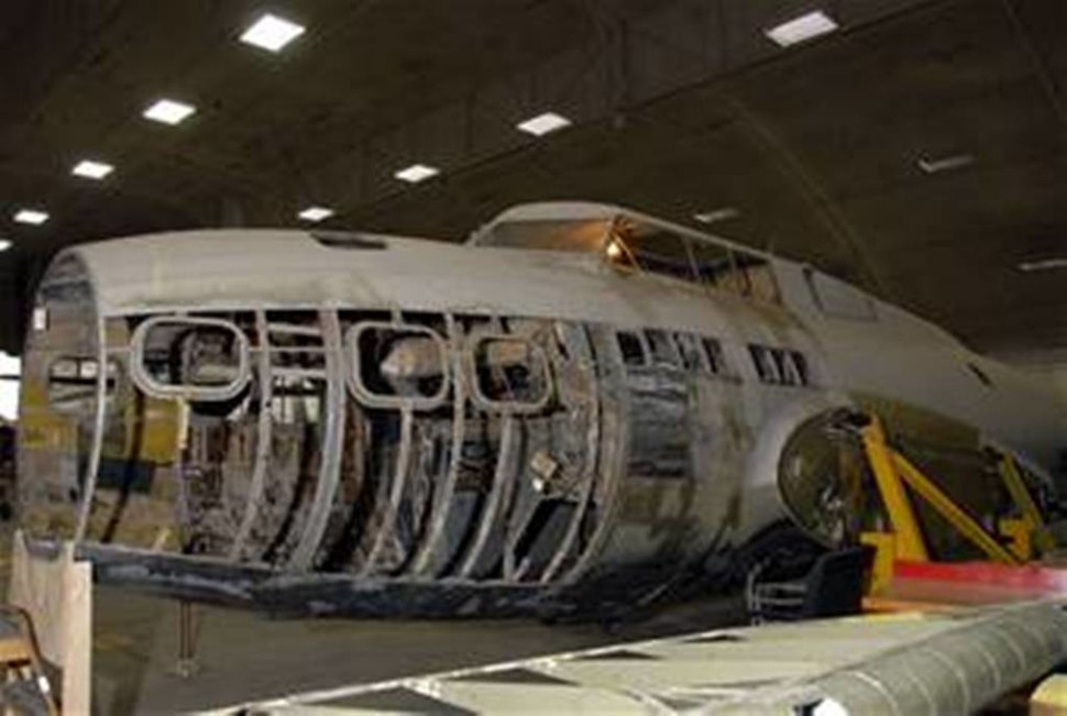 Stripped B-17D Ole Betsy