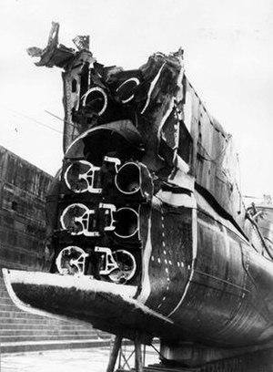 HMS Triumph (N18) - Image: Triumph mine damage