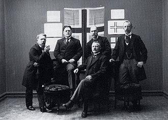 Þórarinn B. Þorláksson - Þórarinn Þorláksson (left) with other members of the Icelandic Flag Committee, 1913