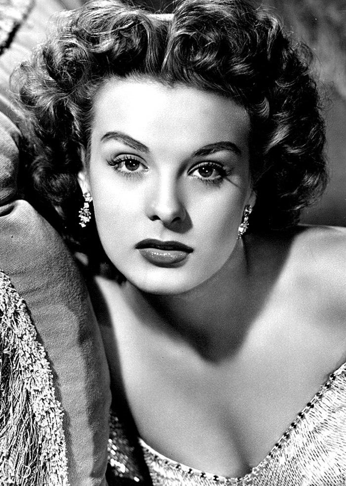 Jean Peters - 1951