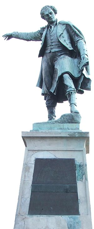 Thomas Fletcher Waghorn - Thomas Waghorn's statue in Chatham