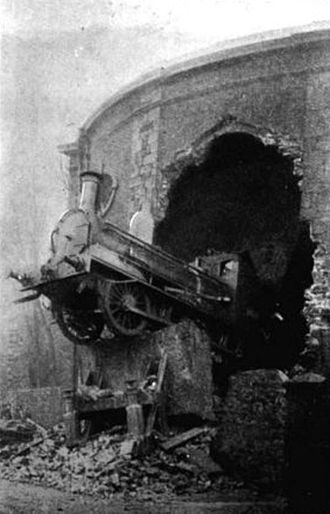 Dublin and South Eastern Railway - 1900 train crash at Harcourt Street station into Hatch Street Upper