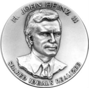 Heinz Awards - Image: Heinz Award Medal