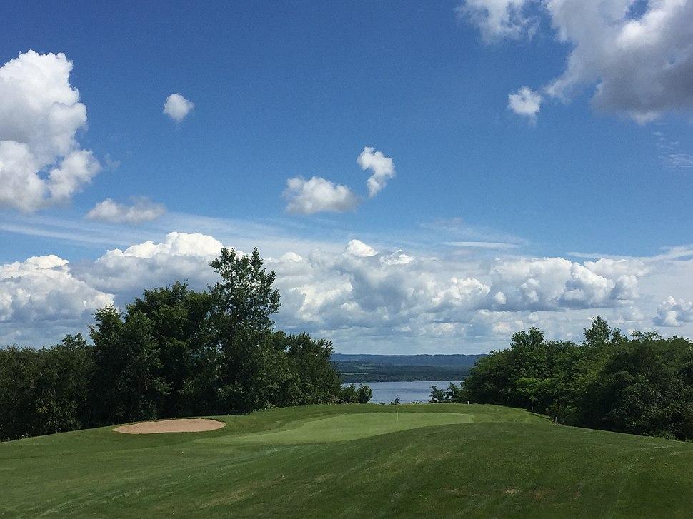 Lake Pepin Golf.jpeg